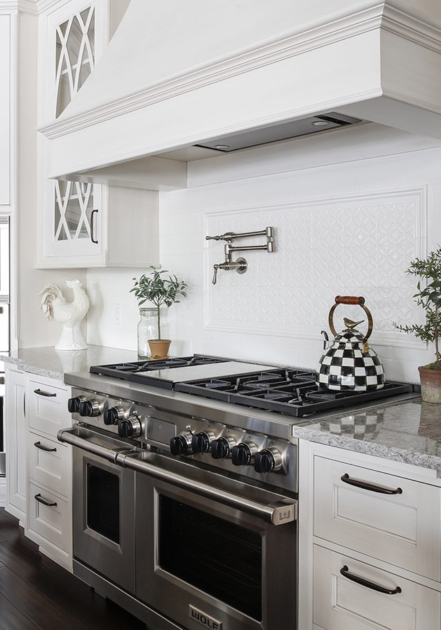 White Kitchen Range Hood 2